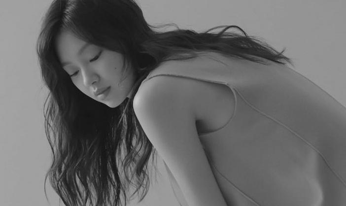 '타짜3' 최유화, 고혹적인 자태(화보)