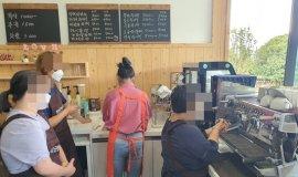 카페 다회용컵 세척시키면  장애인 학대?