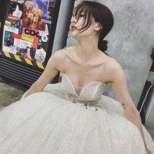 '쌩얼은 드레스지'