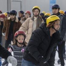 [포토] 스케이트 즐기는 외국인 관광객