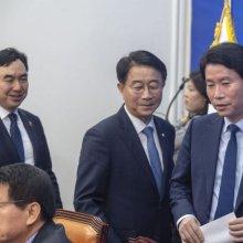 [포토] 회의 참석하는 이인영 원내대표