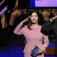 박보검, 해군 입대 후 첫 軍 공식행사…'호국음악회' MC로 활약