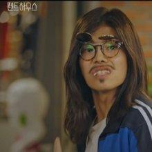 """펜트하우스 체육선생님 '박은석', 첫 등장에 시선 강탈…""""궁금증 폭발"""""""