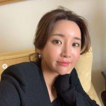 """'이완♥'이보미, 시누이 김태희 못지않은 미모…""""일본서 마스크 2장 쓴다"""""""