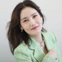 김선영, 기품있는 눈맞춤