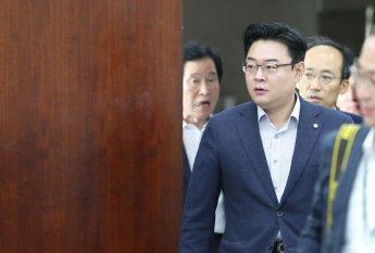 김성원 의원 비서 '면허취소' 음주운전…김 의원도 동승