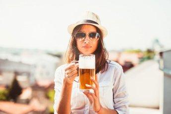 술 마시는 여성, 쉬운 상대로 인식돼