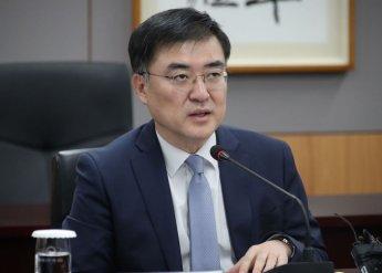 """손병두 금융위 부위원장 """"혁신 소외계층, 과할정도로 신경써야"""""""