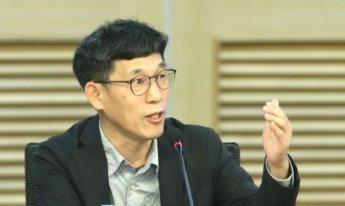"""진중권 """"文 대통령, 운 다했다…'강성 골수친노' 조기숙까지 돌아섰다"""""""
