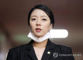 """[종합]배현진, 박원순 아들 '병역의혹' 제기…진중권 """"X볼이나 차니 노답"""""""