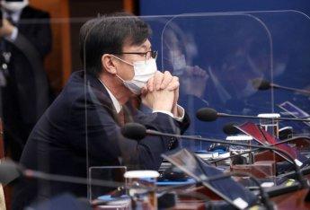 """김상조 """"CBDC 손 놓고 있지만은 않을 것…지급결제 체계 급변중""""(종합)"""