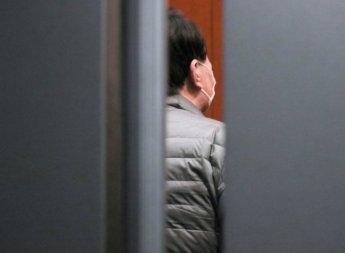 사퇴 사흘 만에…아내 사무실서 모습 드러낸 윤석열 전 총장