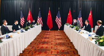 G7회의 앞두고 美·中 외교수장 또 '충돌'