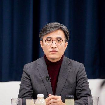 """열린민주 대변인 """"尹, 이동훈에 모욕감 느꼈을 것"""""""