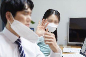 [일상으로의 복귀]사무실로 복귀하는 직장인들…출근전쟁·회식 부담 벌써 걱정