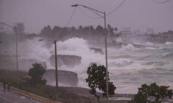 허리케인 엘사 美 북상…쿠바서 18만 명 대피