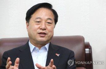 """김두관, 尹 겨냥 """"주인 뒤꿈치 무는 개, 갈 곳 정해져 있어"""""""