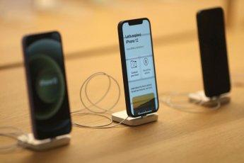 애플, 2분기 사상 최대 실적…매출 36%↑·아이폰 판매액 50%↑ (종합)
