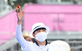 안산, 사상 첫 올림픽 양궁 3관왕 2승 남아