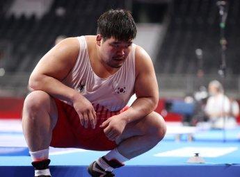 '레슬링 최중량급 간판' 김민석, 올림픽 1라운드에서 탈락