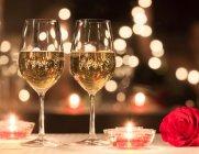 2월의 로맨틱 분위기를 위한 술 4