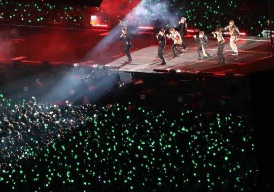 BTS 부산 공연 논란…콘텐츠는 선진국, 암표 제재는 후진국