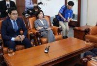 """교섭단체대표 연설 무산…野 """"조국, 대정부 질문에만 나와야"""""""
