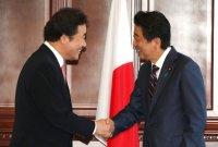"""이 총리, 24일 아베 총리와 면담…총리실 """"관계개선 여건 조성"""""""
