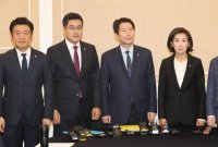 """여야, 선거법 '3+3 회동' 빈손…""""합의처리 가능성 대화 나눠"""""""