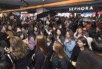 韓고객들 500m 줄 세운 세포라…오픈 첫날 1호점 북새통