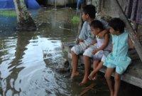 [과학을읽다]물에 잠기는 지구-①온실가스와 환경난민
