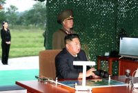 """美 안보전문가 """"2차 한국전쟁 일어날 가능성 높아지고 있다"""""""