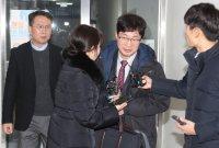 """""""진실 밝혀내겠다"""" 김건모, 성폭행 고소 여성 무고로 맞고소"""