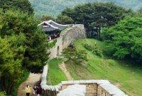[조용준의 여행만리]성곽길 걷고…대청호반 내려보고~초여름 청주
