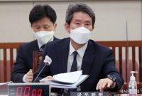 """이인영 """"내년 봄 식량·비료 남북협력을…北주민 생각 않을 수 없어"""""""