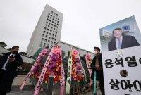 [포토] 돌아온 윤석열... 대검 앞 응원 화환
