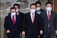 다시 불거진 탈당파 복당…이번엔 주·홍 '충돌'