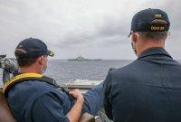 美·中 함대 추격전, 전운 감도는 대만해협...G2 일촉즉발 대치