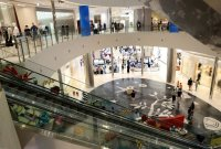 신세계백화점 명품매장發 1명 추가, 은행·카페 등 부산 연쇄 감염 지속