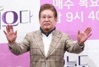 배우 김용건, 연인 관계 39세 연하 여성에 '낙태 강요 미수 혐의' 피소
