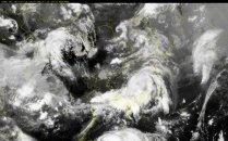 장마와 태풍이 겹치면 <br>정말 비 더 많이 올까?
