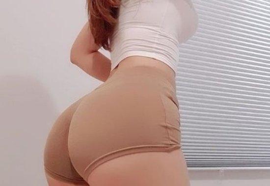 요즘 핫한 엉덩이로 주가 올리는 '핫' 모델