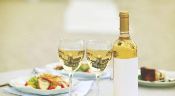 더울 땐 화이트 와인