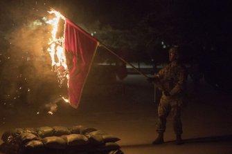 [양낙규의 Defence Club photo]부대기 태운 주한미군… 왜