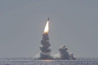 [양낙규의 Defense Club]美 핵전력 대폭 강화… 전략무기에 배치 조짐