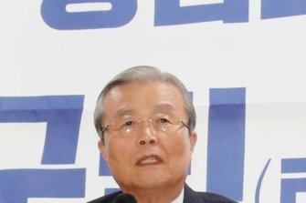 김종인, 업무 복귀한 권영진에 떨리는 목소리로 위로