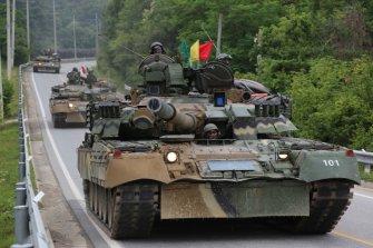 [디펜스 기고]돈 대신 받은 러시아 'T-80U' 전차