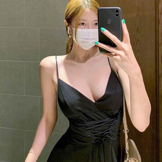 '거울 앞 미녀'