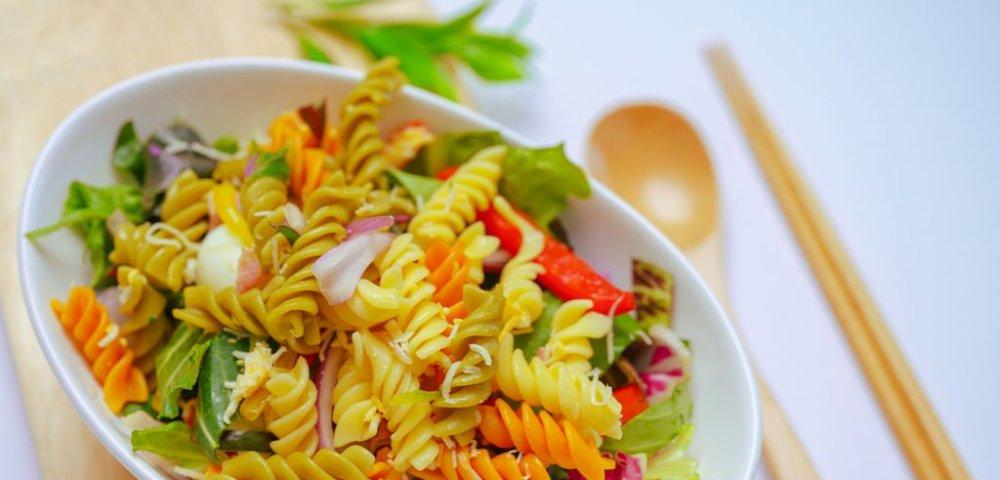 [간식일기] 샐러드는 다이어터만 먹을 거란 편견을 버려!