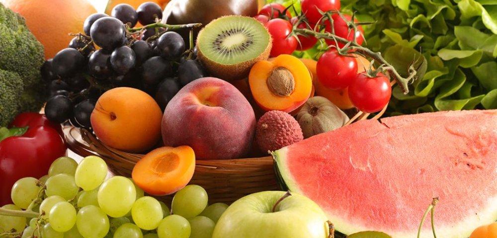 여름에만 맛볼 수 있는 이색 과일 3